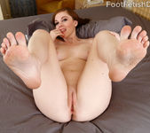 Scarlett Faye - Foot Fetish Daily 6