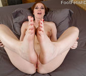 Scarlett Faye - Foot Fetish Daily 8