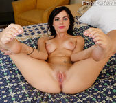 Alexis Blaze Gives Hot FootJob and Gets Fucked 7
