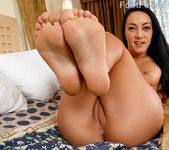 Sabrina Banks - Foot Fetish Daily 4