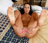 Sabrina Banks - Foot Fetish Daily 7