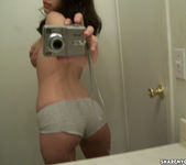 Share My GF - Phoebe 11