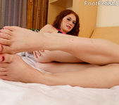 Alice Green Receives a Fierce Pussy Licking and Pounding 4