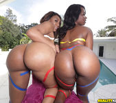 Jayla Foxx & Skyler Nicole - Round And Brown 3