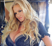 Between The Sheets - Kelly Madison 2