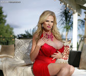 Smokin' Red Hot - Kelly Madison 5