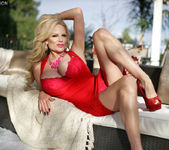 Smokin' Red Hot - Kelly Madison 7