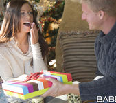 A Christmas Surprise - Whitney Westgate, Steven Lucas 14