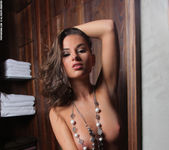 Gloria - The Wardrobe - PhotoDromm 11