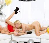 Ash Hollywood And Dakota Sky Exchange Oral Pleasure 8