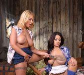 Kyra Hot & Susana Alcala 10