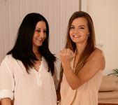 Suzie Carina - Teaching Shelly - Teach Me Fisting 2
