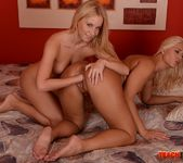 Linda Ray - Teaching Linda and Kiara - Teach Me Fisting 25