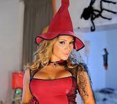 Destiny Dixon - The Sexy Witch of Halloween - Club Sandy 3