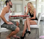 Jessa Rhodes - A remedy for arousal - Club Sandy 11