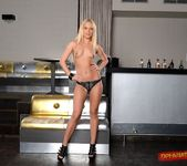 Vanda Lust - Blonde Temptress - DPFanatics 4