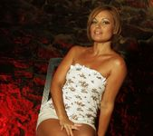 Szilvia Lauren - The Camp - The Right Attitude 2