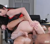 Rayveness - The Agency - Footsie Babes 23