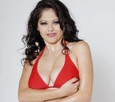 Busty Evie Delatosso Shows Off Her Huge Titties! 9