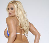 American Top 10 Babe Shyla Stylez Shows Off Her Body 23