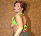 Jenna Wild has an amazing bubble butt 3