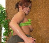 Jenna Wild has an amazing bubble butt 9