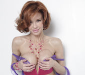 Veronica Avluv is What Feeling Good Looks Like 22
