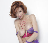 Veronica Avluv is What Feeling Good Looks Like 30