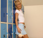 Sarah Blue 10