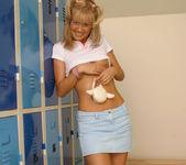 Sarah Blue 25