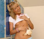 Sarah Blue 28