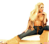 Gina Lynn plays with a huge dildo... 7