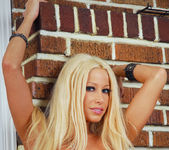 Gina Lynn gets naked and displays her unique curves 29