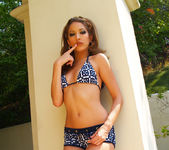 Jenna Haze Shows Us Some Skin In This Tropical Photoset 4