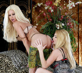 Gina Lynn Shows Taylor Wane A Good Time 9