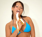 Eva Angelina getting naughty with a banana 8