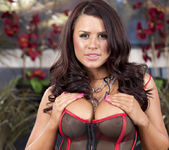 Eva Angelina gets down to the skin 9