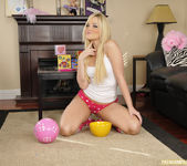 Alexis Texas Played With Myself Before The Sleepover 16