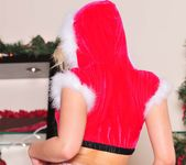 I Can't Find Santa Anywhere - Alexis Texas 25
