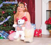 Lexi Belle - Lingerie and Fuzzy Boots 2