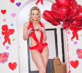 Alexis Texas - It's Valentine's Day 2