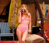 Lexi Belle - Time to go to the beach 3
