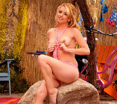Lexi Belle - Time to go to the beach 14