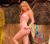 Lexi Belle - Time to go to the beach 17