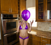 Shawna Lenee - Balloon Won't Fit, Vibrator Does Though 2
