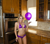 Shawna Lenee - Balloon Won't Fit, Vibrator Does Though 4