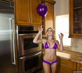 Shawna Lenee - Balloon Won't Fit, Vibrator Does Though 5