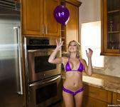Shawna Lenee - Balloon Won't Fit, Vibrator Does Though 5