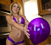 Shawna Lenee - Balloon Won't Fit, Vibrator Does Though 7