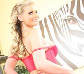 Kelly Divine & Phoenix Marie 19